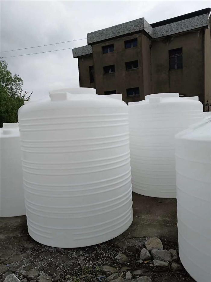PT-15000L塑料水箱在运输已经安装中要注的事项