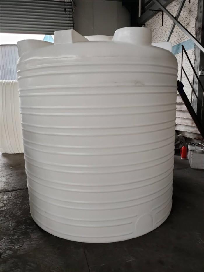PE储罐 PE塑料材质次氯酸钠塑料储罐水桶 特点